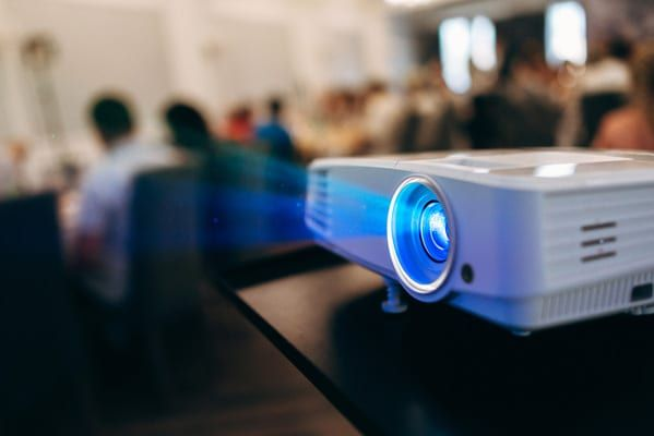 Aluguer de Projector video (projetor)