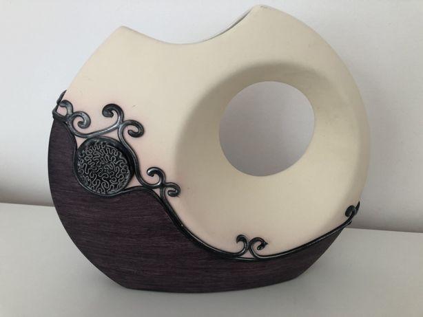 Zdobiony wazon ceramiczny 22cm srebrne zdobienie granat