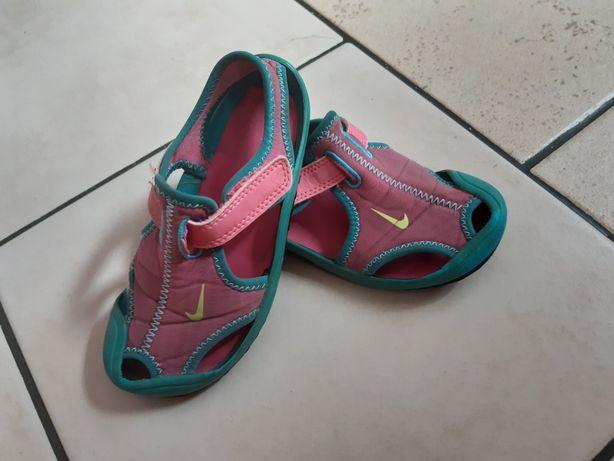 Sandałki Nike 27
