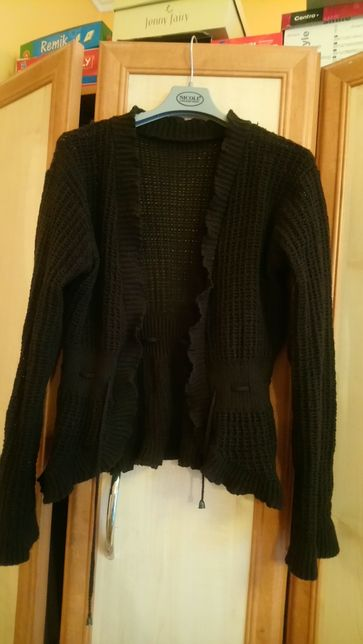 Brązowy dzianinowy sznurowany sweterek L/XL
