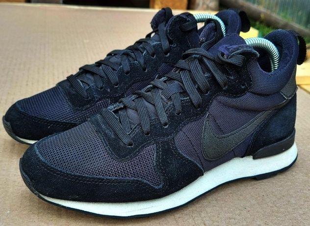 кросівки Nike Internationalist розмір 37.5