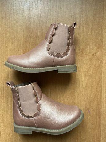 Ботинки осінні чобітки
