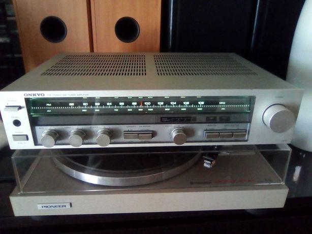 Amplificador/receiver Onkyo TX-11