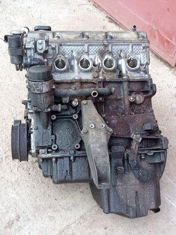 Silnik 1.9 bmw E46 obrócona panewka