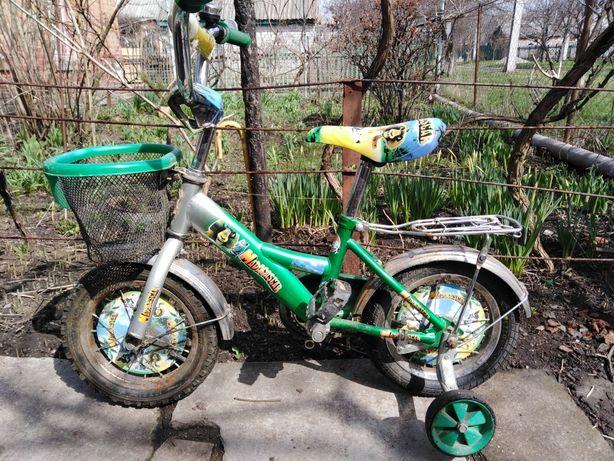 Детский велосипед (диаметр 12)
