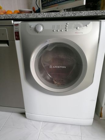 Maquina Lavar Roupa Ariston 7,5Kg