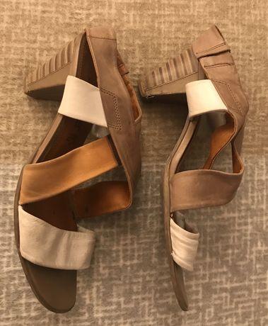 Sandały Marco Tozzi 40