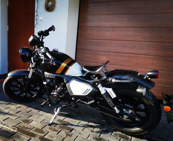 Motocykl 125 Keeway k-light  Custom - p.nowy (Benelli Motobi)