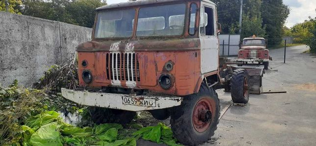 ГАЗ 66 (не находу, відсутнє навісне обладнання двигуна)