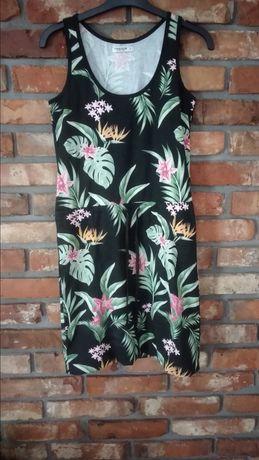 Sukienka na ramiączkach, na lato, w kwiatki r.S-M