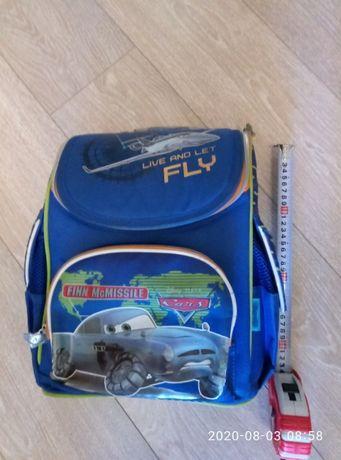 Рюкзак школьный 1-4 класс