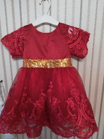 Сукня на дівчинку 1 рік