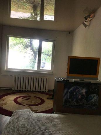 Продается уютная 3–х комнатная квартира возле метро!! СОБСТВЕННИК!