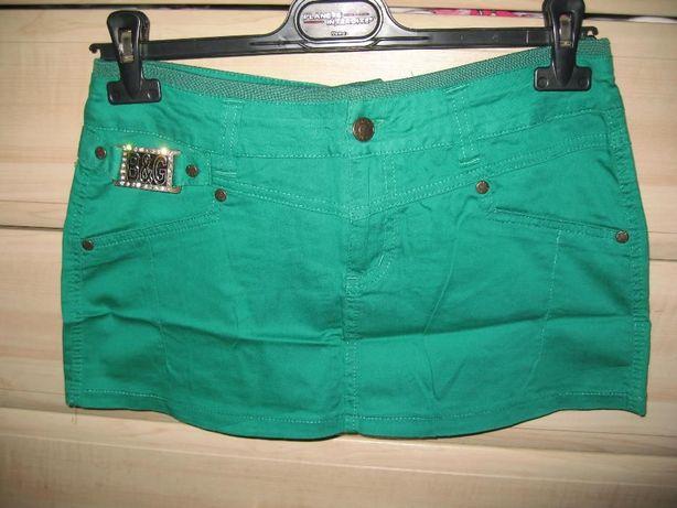Класна зелена спідниця, розмір 36-38, 100 грн.