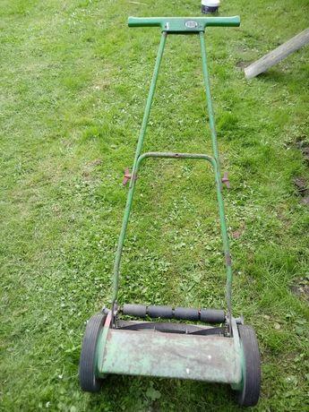 Kosiarka reczna do koszenia trawy