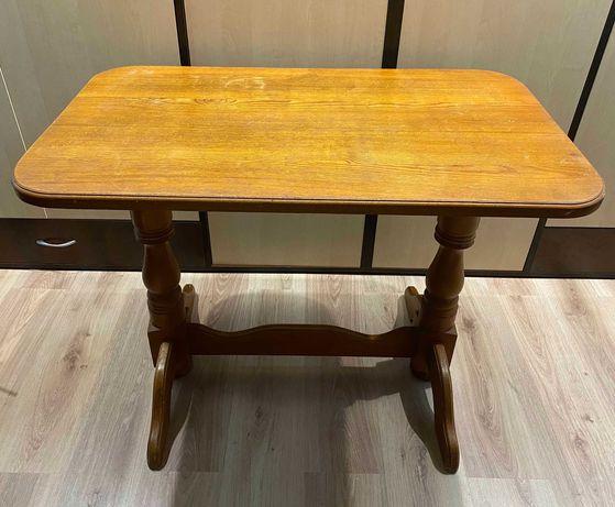 Деревянный стол + 3 табуретки