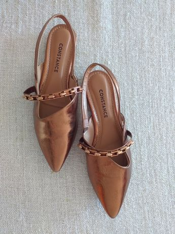 Sapato 37 em pele sintetica metalizada