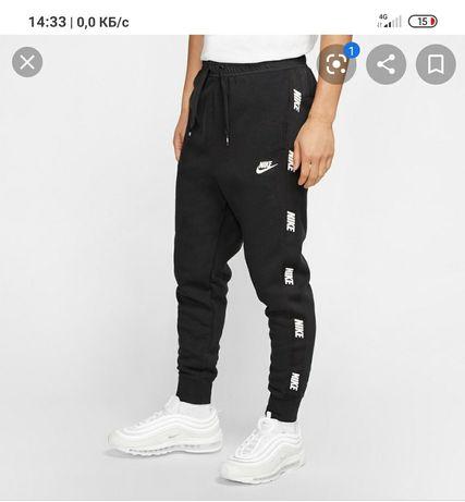 Спортивные штаны nike , размер L