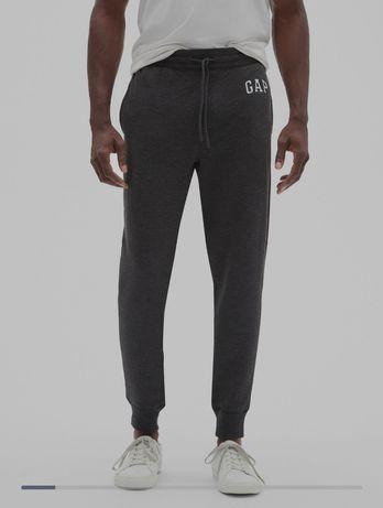 Чоловічі штани Gap