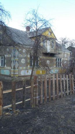 Продається цегляний будинок на півтори поверхи