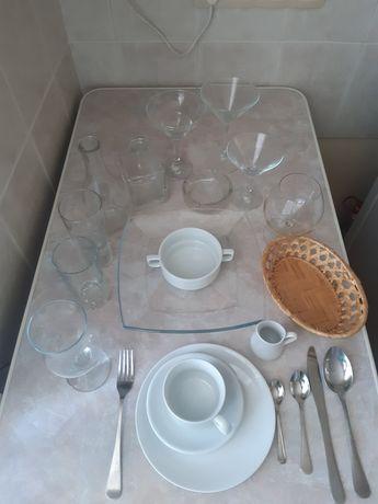 Посуд, кухонне приладдя