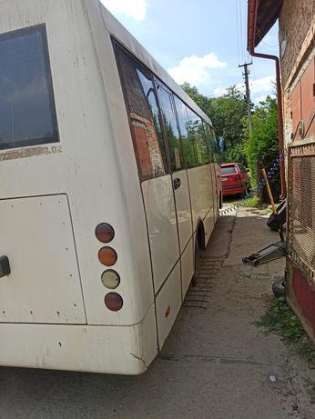 Автобус Богдан є2