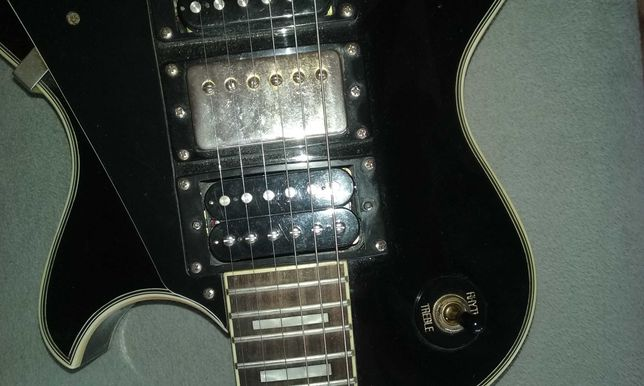 Gitara elektryczna. Jak replika back in gold.les paul.3 humby.