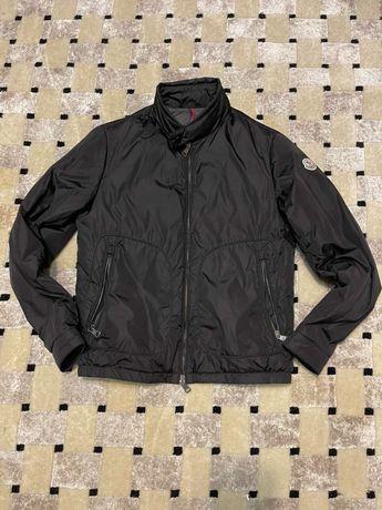 Демисезонная куртка Moncler оригинал,размер S.