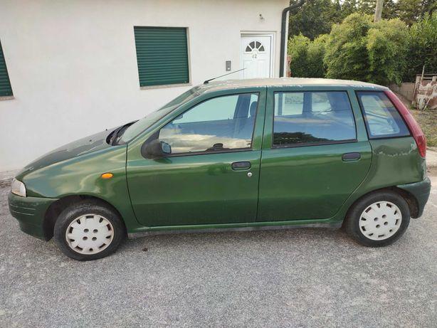 Fiat Punto 250 € sem inspeção e com transferência a cargo do comprador