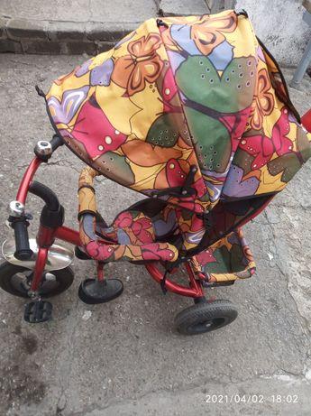 Детский велосипед с родительской ручкой