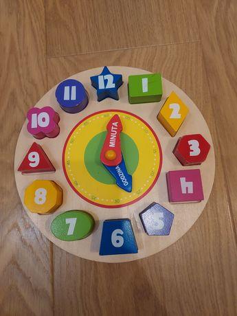 Zegar drewniany, dopasowywanie figur