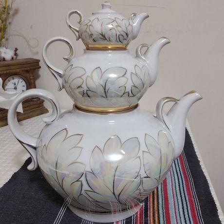 Фарфоровые чайники