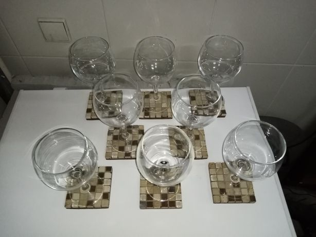 Conjunto 8 copos mais base
