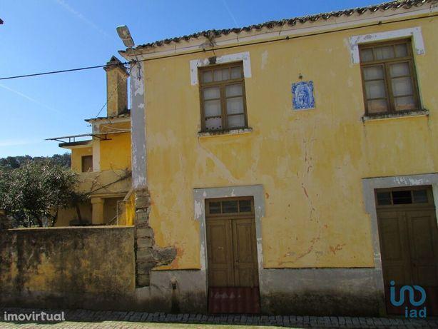 Moradia - 4320 m² - T5
