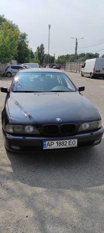 Продам автомобиль БМВ 528