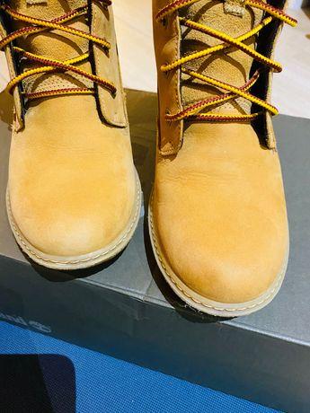 Buty na koturnie Earthkeepers® Amston 6-Inch Boot