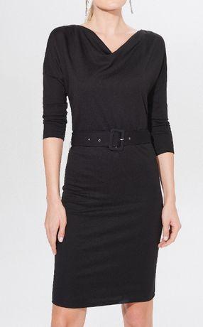 Czarna prostka sukienka Mohito z paskiem S XS