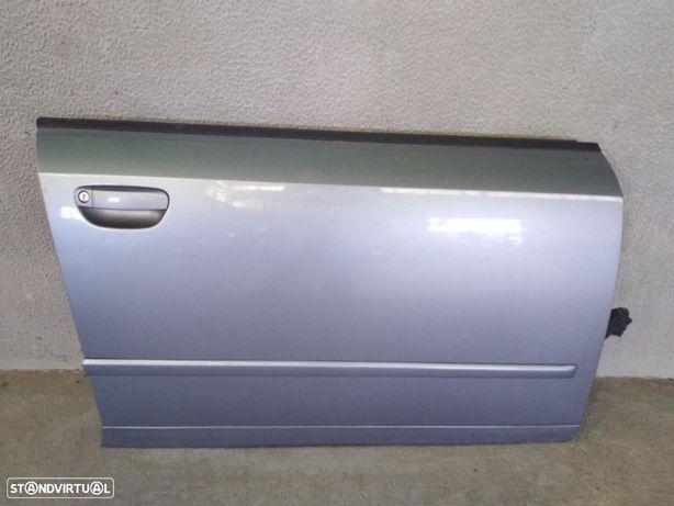 Porta frente direita Audi A4 B6 do ano 2003 original