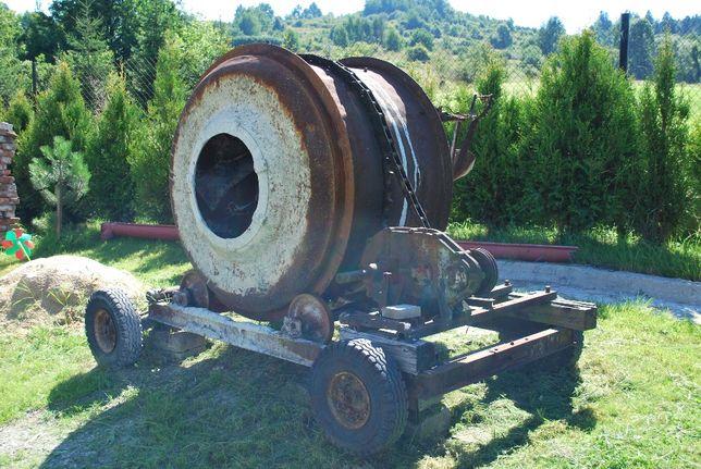 Betoniarka na kołach 400 litrów