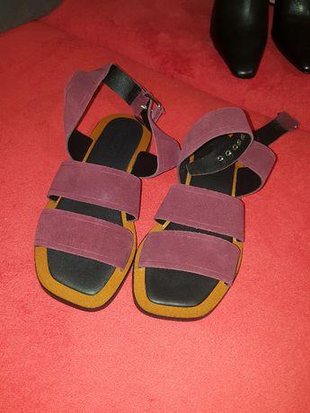 nowe skórzane sandały 37