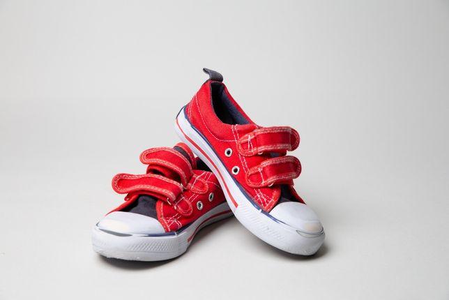 buty sportowe, czerwone trampki na rzepy, r.30, b.ładne