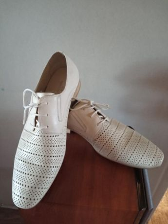 Мужские кожаные туфли Braska 42 р-р