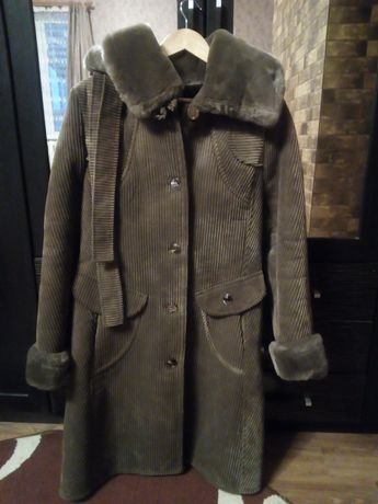 Пальто для жінок