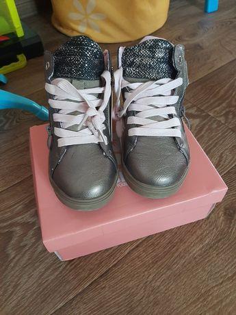 Новые демисезонные ботинки сапоги на девочку