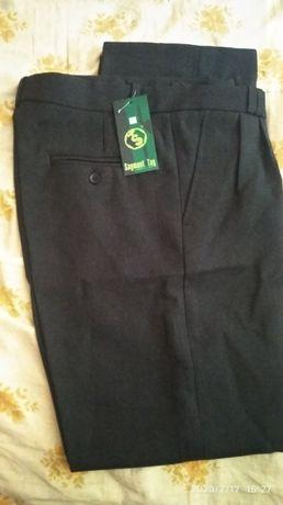 мужские брюки,48 размер, 200 рублей