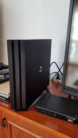 PlayStation 4 PRO 1TB. MEGA ZESTAW!