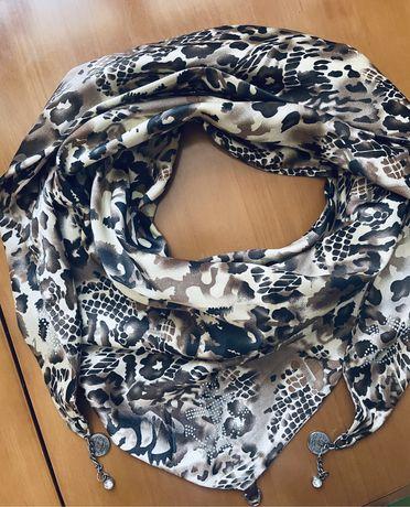 Шарф, весенний шарф, платок атласный