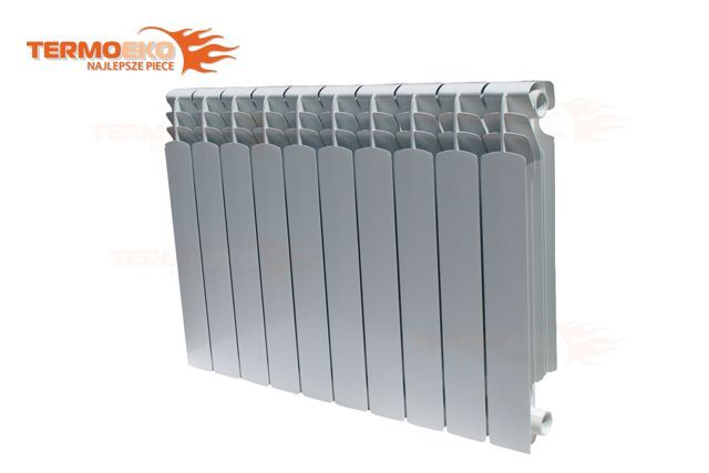 Grzejnik aluminiowy trzywylotowy SUNRAD ISEO 600 1 człon
