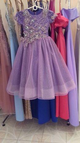 НАРЯДНОЕ ВОСХИТИТЕЛЬНОЕ НОВОЕ платье на девочку 6 -7 лет
