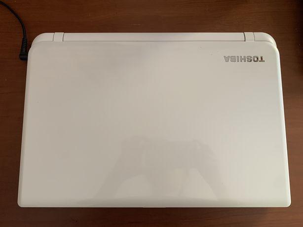 Portátil Toshiba Branco